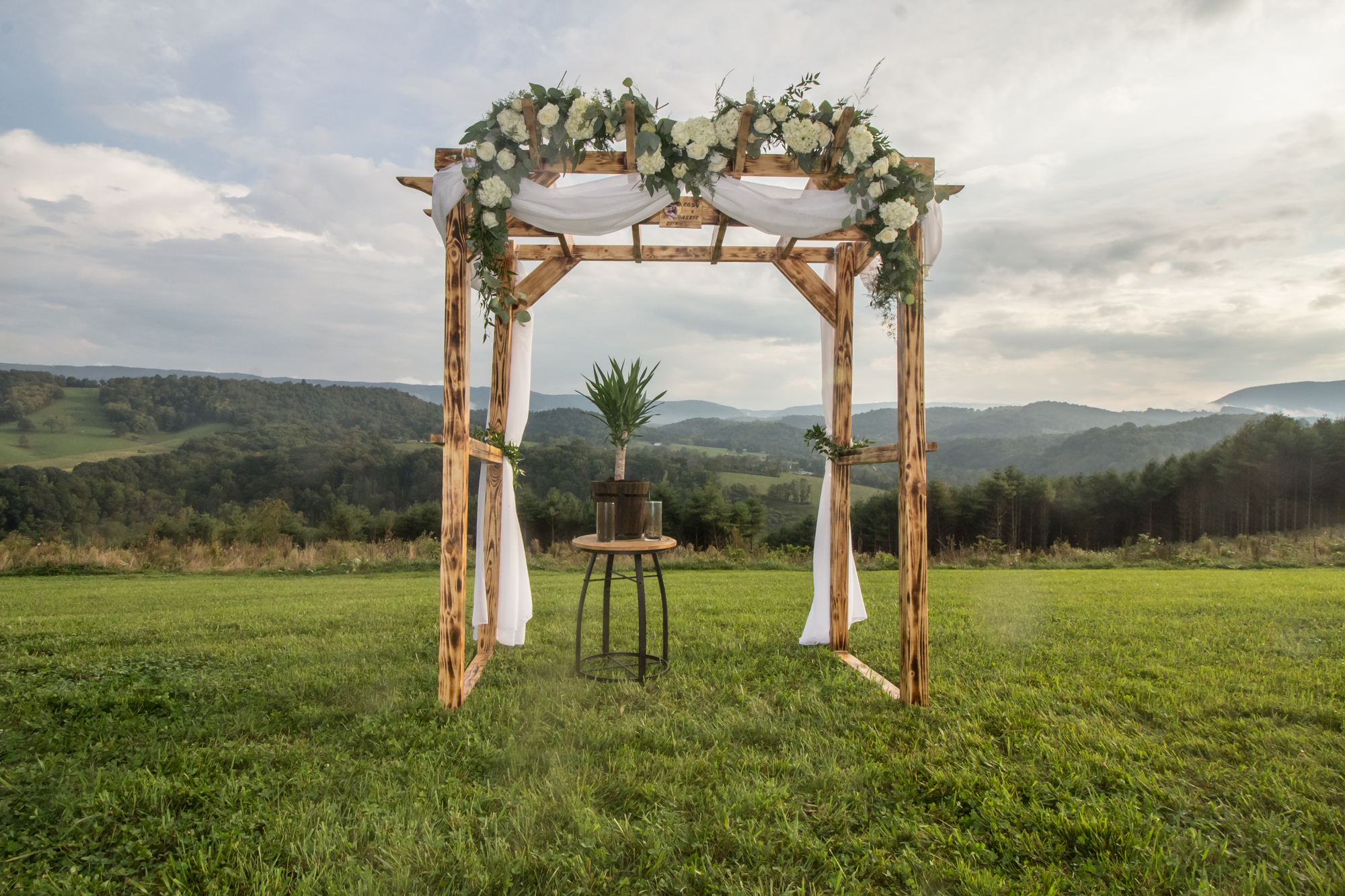 arbor-barn-wedding